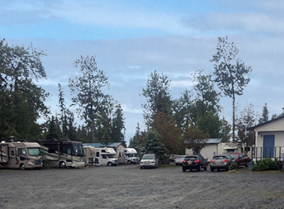 Picture of the Gotta Fish Charters RV park in Ninilchik Alaska